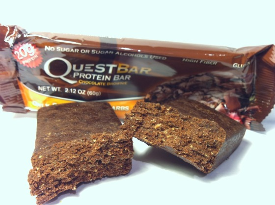 Quest Chocolate Brownie Protein Bar Close